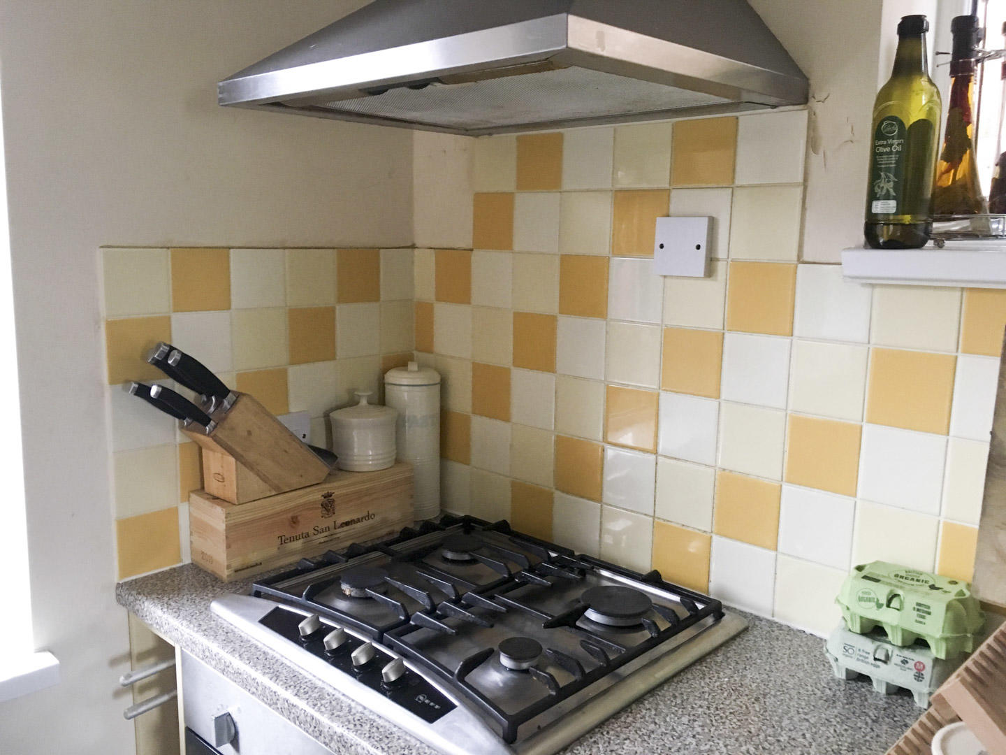 We Decided For Giving The Kitchen A More Modern Feel Using Fresh Coat Of Paint Because Neither Us Can Stand Yellow First Task Painting Tiles